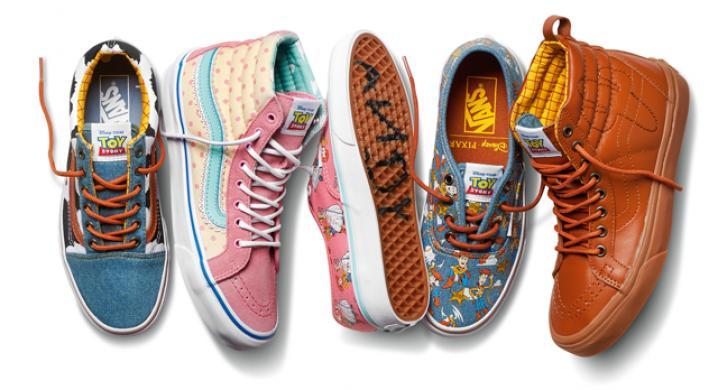 5937a7936323ba WE LOVE  de nieuwste collab van Vans met Toy Story