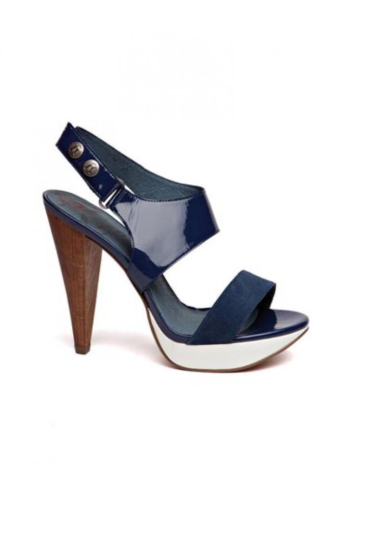 Replay Footwear 130euro