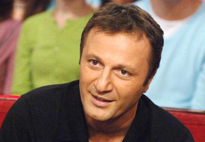 Arthur = Jacques Essabag