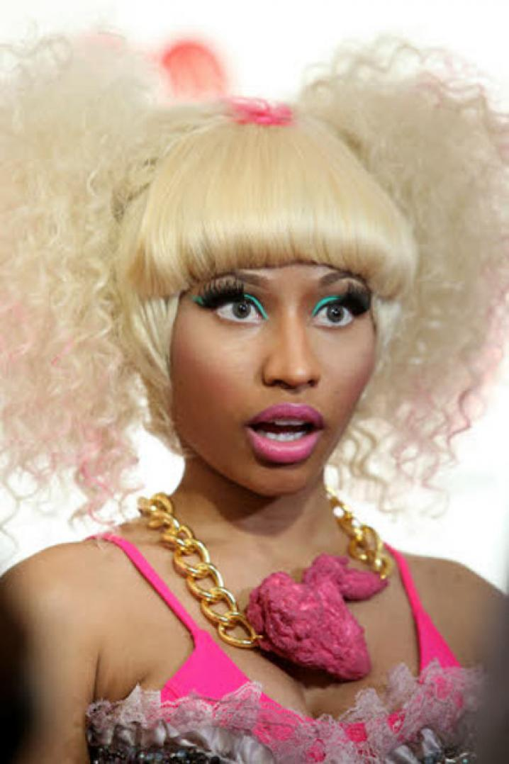 Nicki Minaj = Onika Tanya Maraj