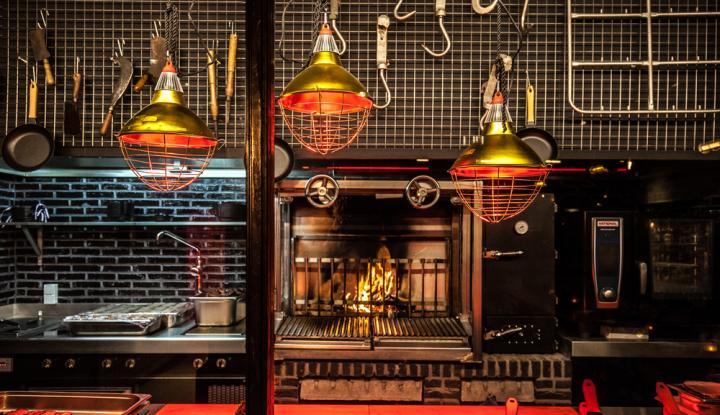 Bbq Restaurant Rotterdam.Antwerps Bbq Restaurant Black Smoke Opent Tweede Vestiging En Brengt
