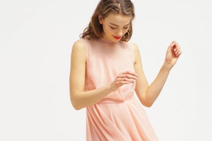 Licht Roze Jurk : 16 prachtige jurken voor bruidsmeisjes