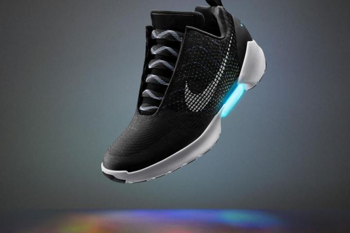 Qui Se Baskets Nike Lance Toutes Les Seules Lacent 5qA3Rj4L