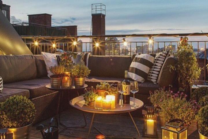 romantique une soir e la bougie. Black Bedroom Furniture Sets. Home Design Ideas
