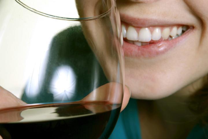 rode wijn tanden