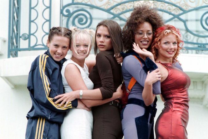 2adefea16b7 Het is officieel: de Spice Girls gaan op tournee! Volgend jaar zal de  grootste girlband ooit op zes locaties in het Verenigd Koninkrijk optreden.