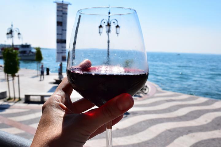 Wijn aan het Comomeer