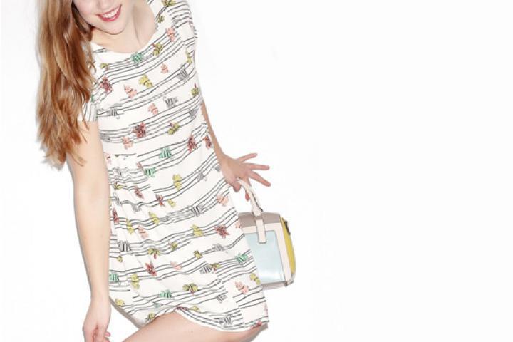 930e9d562e8785 52 jurken met platte-buik-garantie