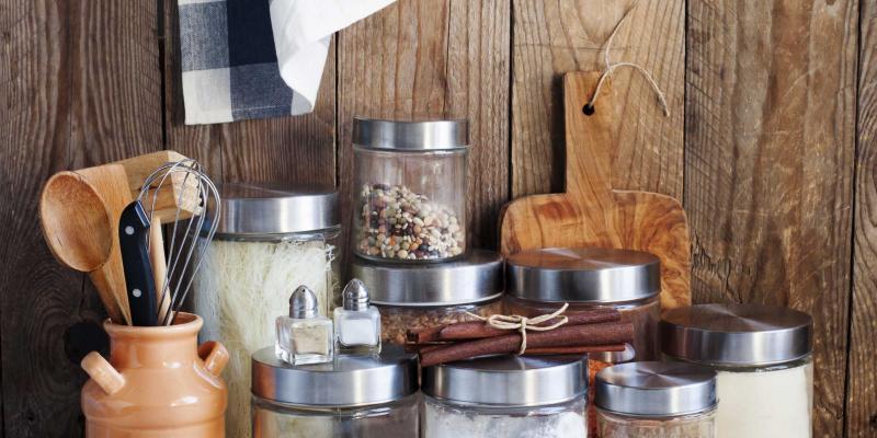 10 voedingsmiddelen die jarenlang goed blijven