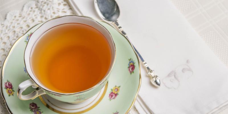 Meghan Markle a pris des cours pour se préparer à boire le thé avec la reine!