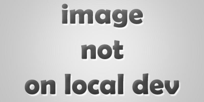 Gegrilde groentesalade met pesto