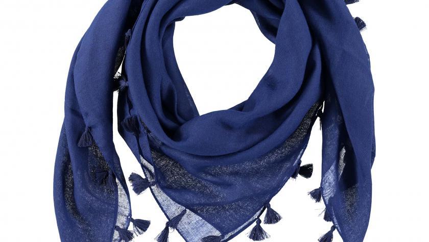 Vidéo  25 manières de nouer un foulard - Femmes d Aujourd hui 779f222c375
