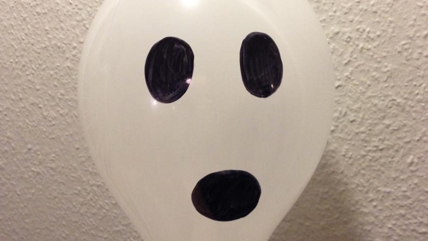 Halloween Knutseltips.Halloween Goedkoop Knutselen Met Ballonnen Libelle