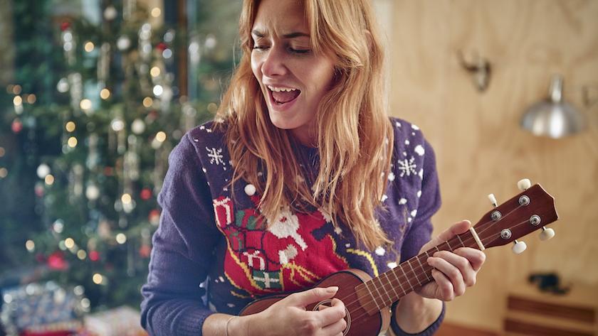Foute Kersttrui Voor Hem En Haar.15 Knotsgekke Kersttruien Die Je Nu Wilt Dragen Libelle