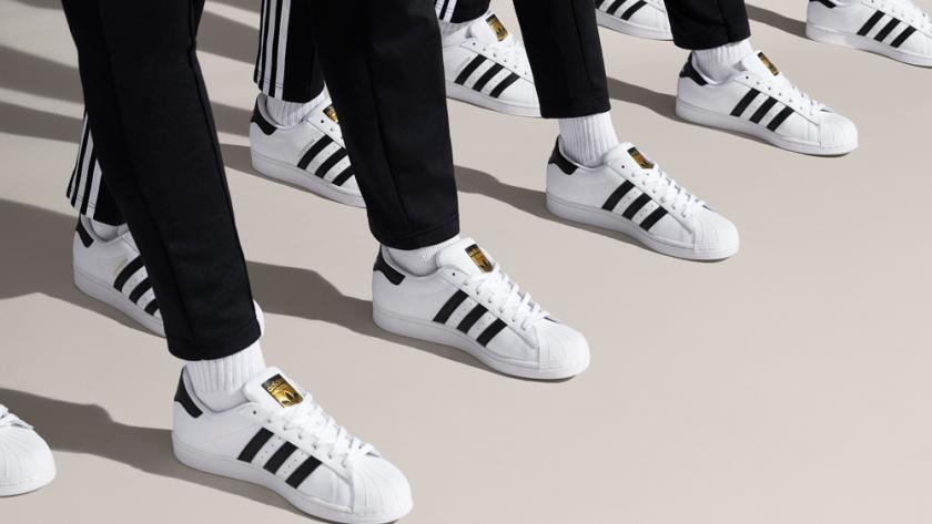 Violín Actual Amigo por correspondencia  4 choses que vous ignorez sur les adidas Superstar, baskets iconiques de la  marque - Femmes d'Aujourd'hui