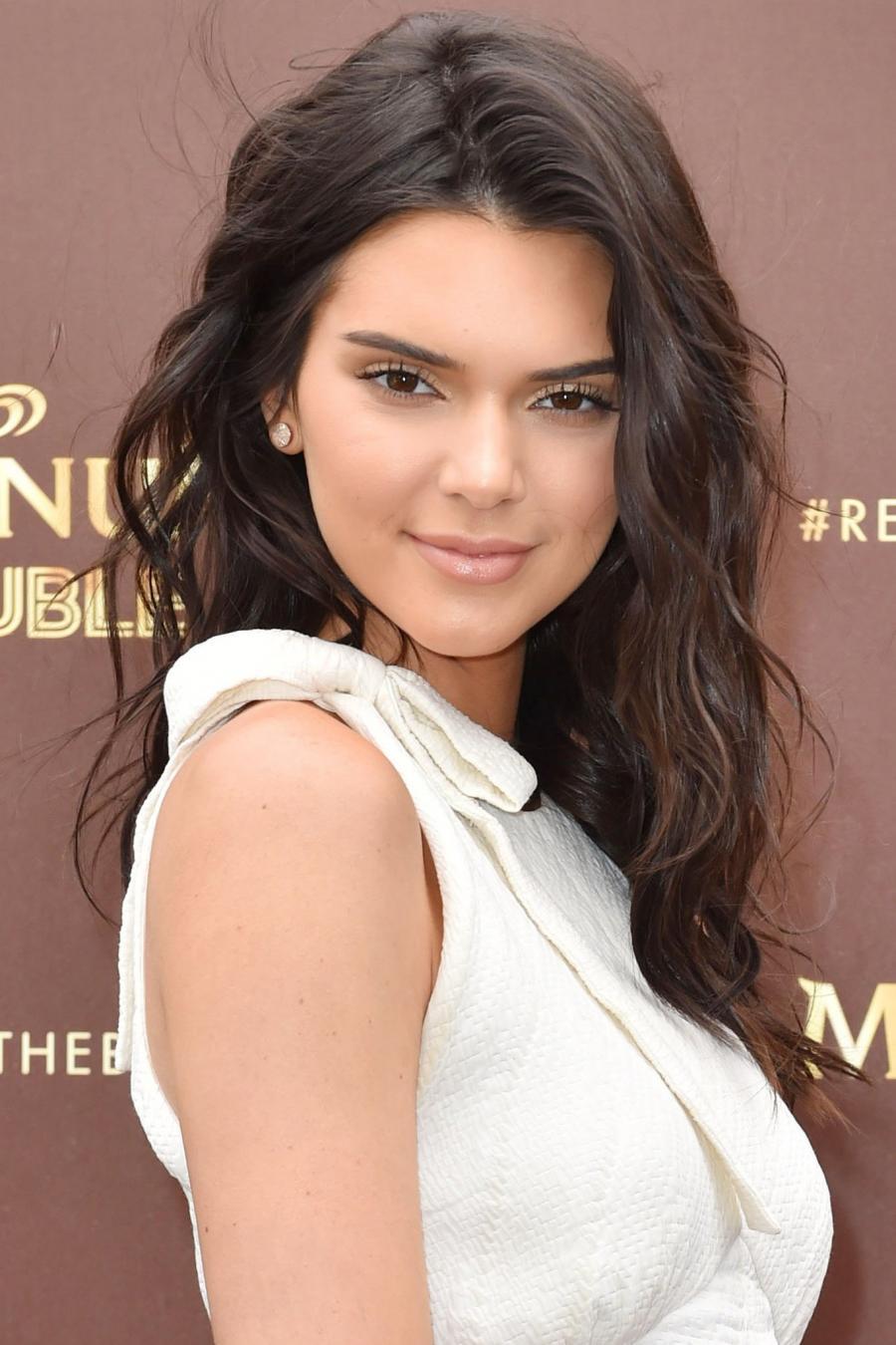 Lange Pruiken Echt Haar.Nope Het Is Geen Pruik Kendall Jenner Heeft Echt Haar