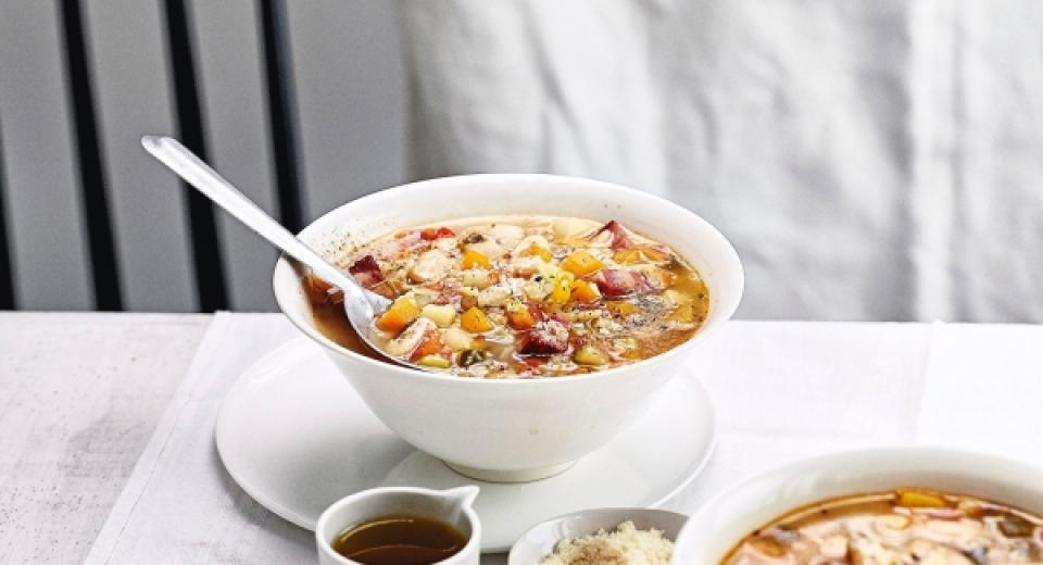 6 recettes de soupe-repas pour les jours pluvieux