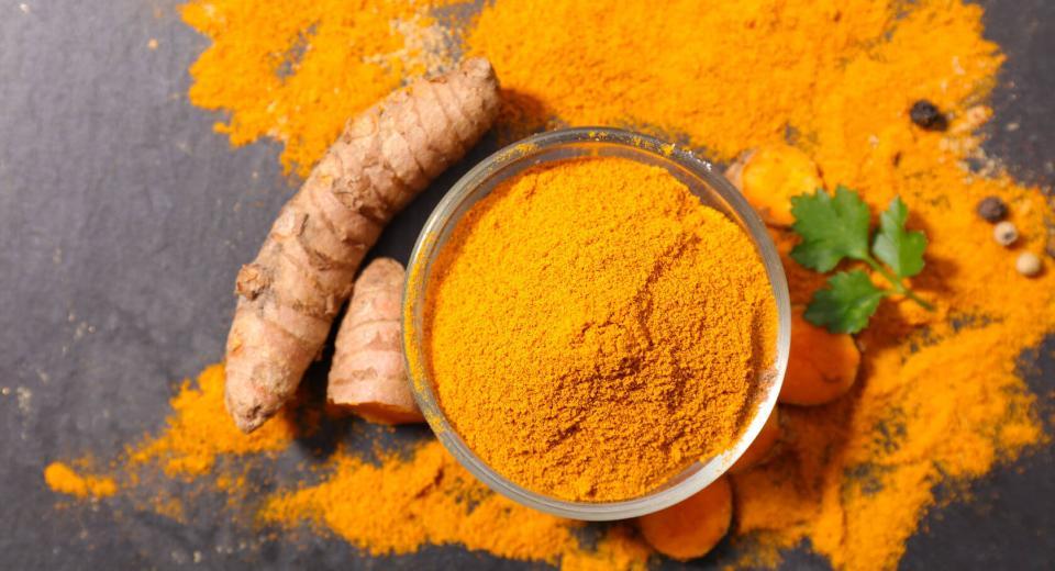 Curcuma: l'ingrédient qu'il faut avoir en cuisine