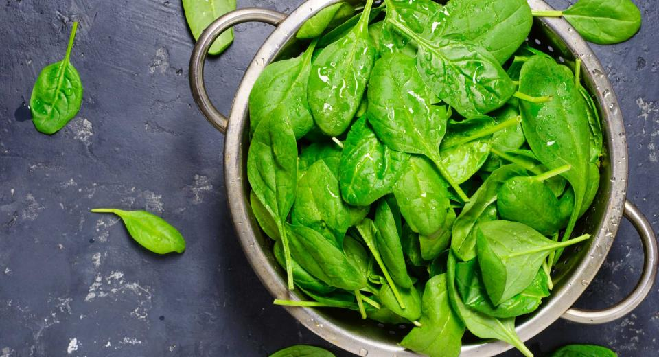 Voor eens en voor altijd: mag je spinazie opnieuw opwarmen of niet?