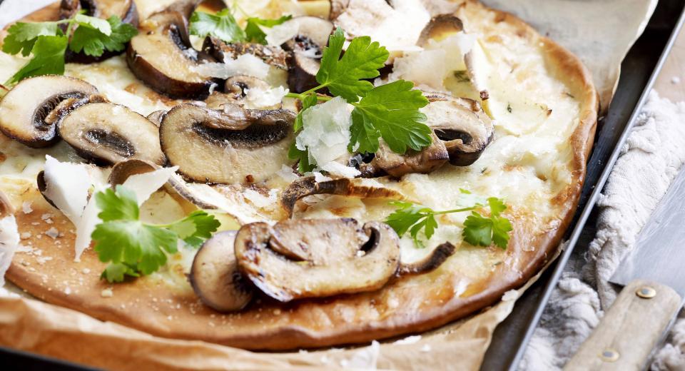 Hoe maak je champignons schoon?