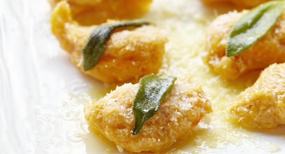 Les gnocchis de potiron au beurre et à la sauge de Carlo de Pascale