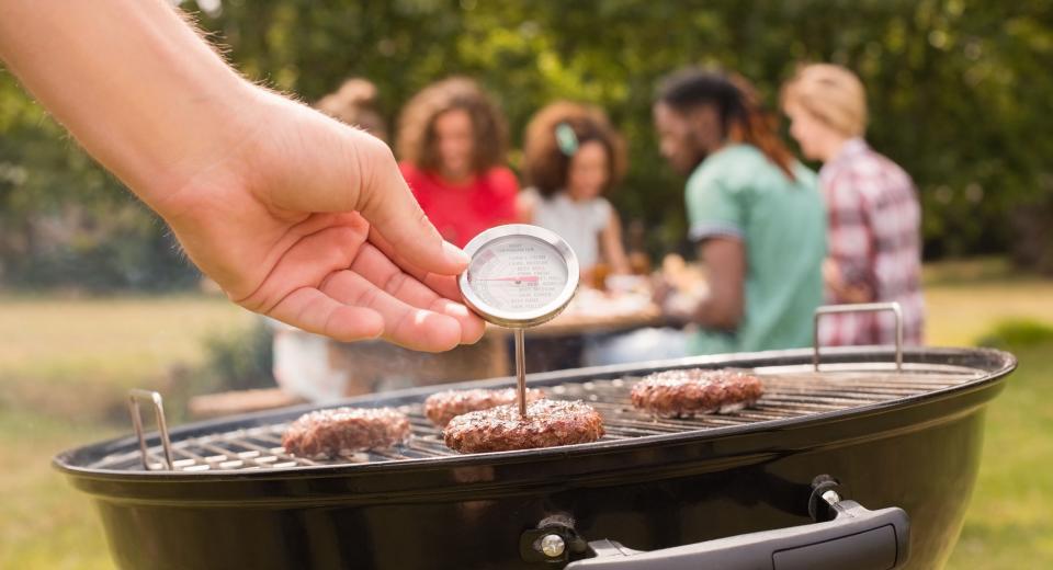 Waarom je een thermometer nodig hebt bij het barbecueën