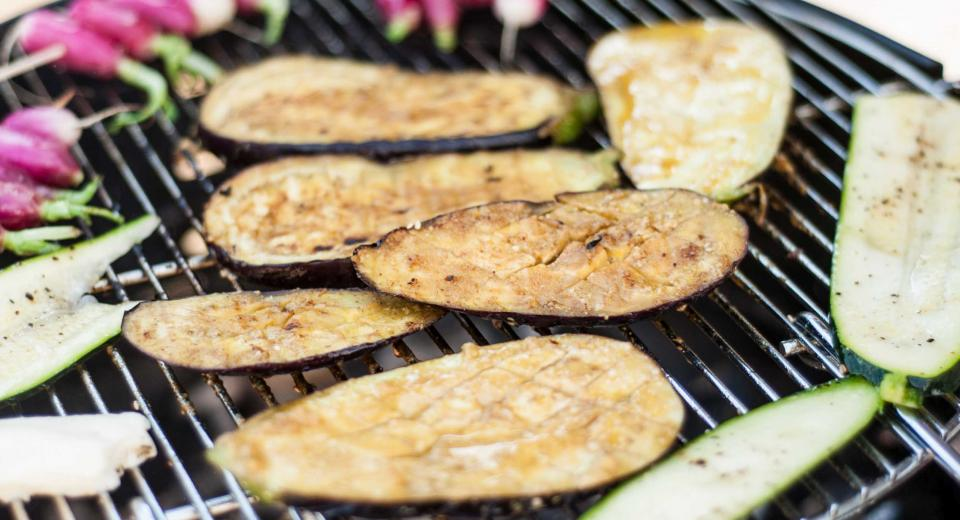 Vegan BBQ by Ellen Charlotte Marie