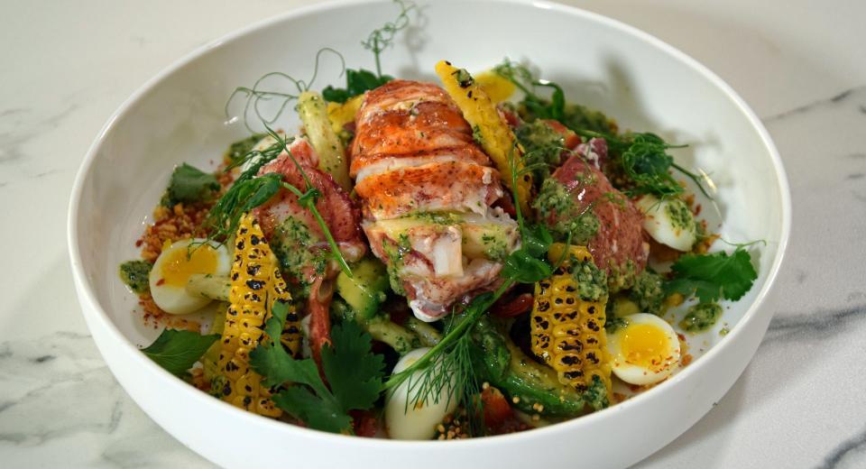 """Top Chef """"À la sauce belge"""": la salade de homard et maïs brûlé de Paul Delrez"""