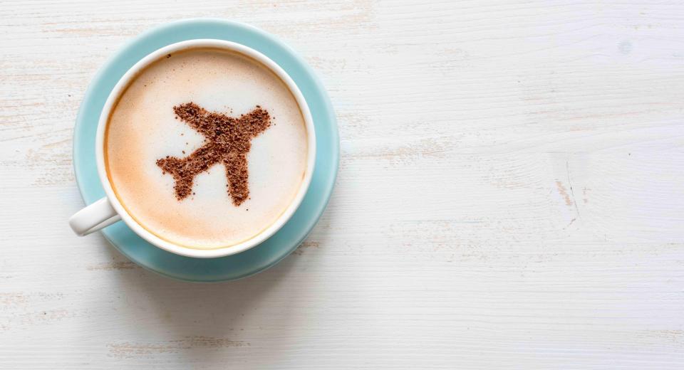 Mag je eten en drank meenemen op het vliegtuig?