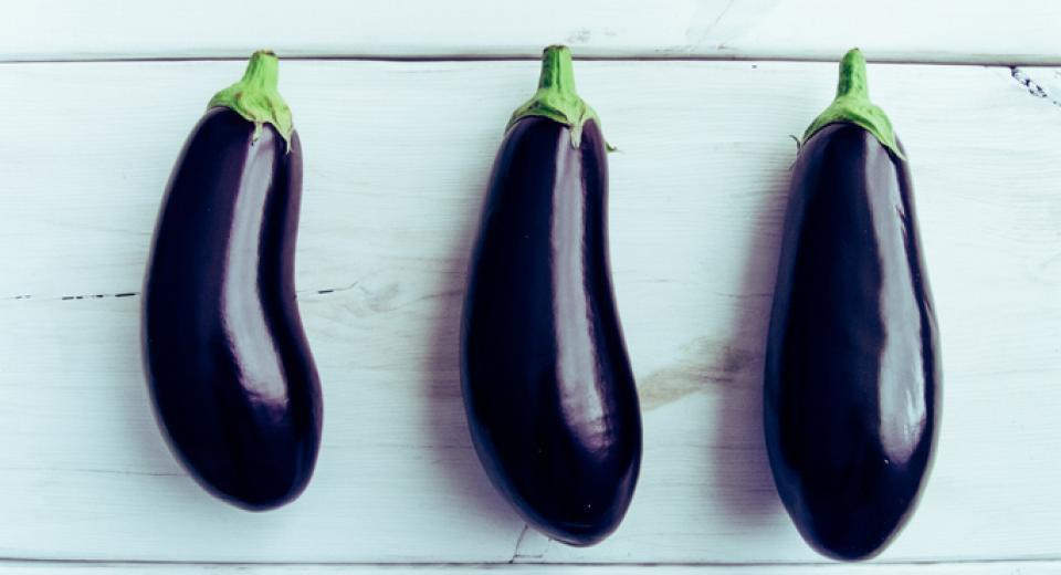 Is het écht altijd nodig om zout over aubergines te strooien?
