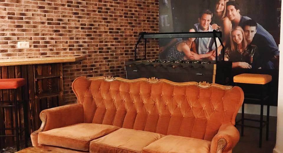 Friendzone: la bonne adresse pour squatter le canapé de Friends!