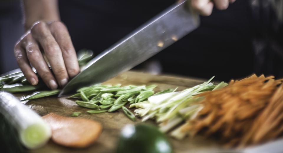 Van julienne tot brunoise: groenten snijden doe je zo