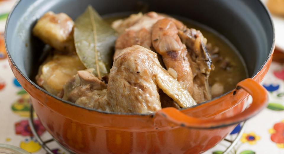 Deze 10 gezellige stoofpotjes met kip zijn exact wat jij nu nodig hebt!