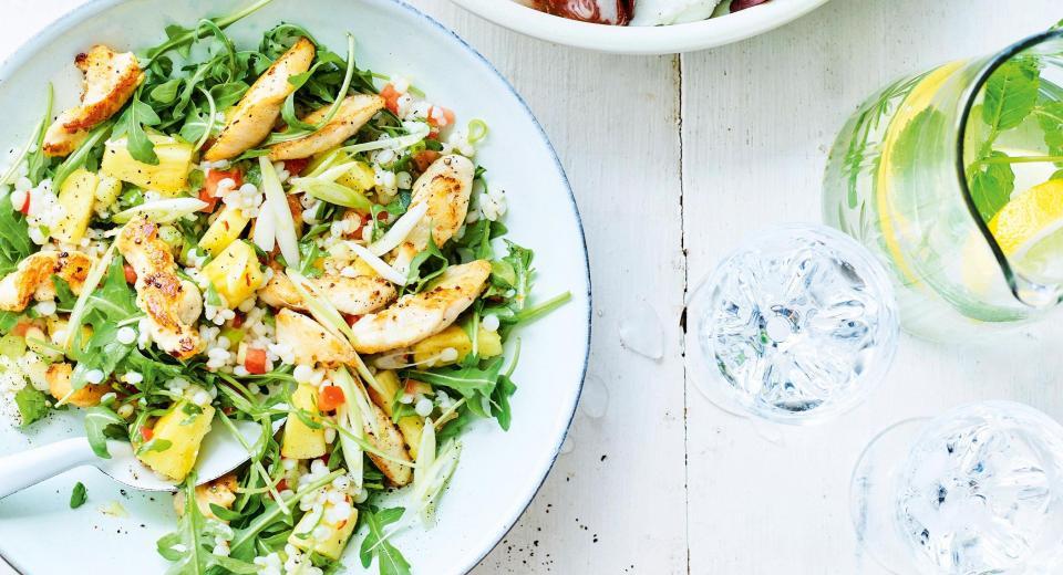 22 salades estivales avec du poulet
