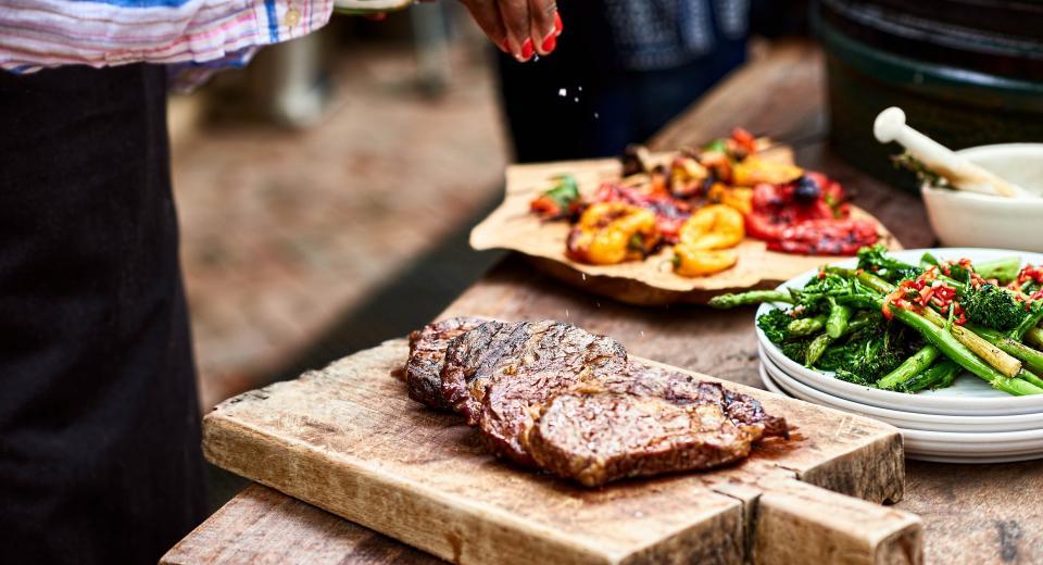 3 alternatives pour préparer la viande rouge au barbecue