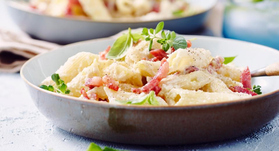 16 borden pasta met spek waarmee je altijd scoort