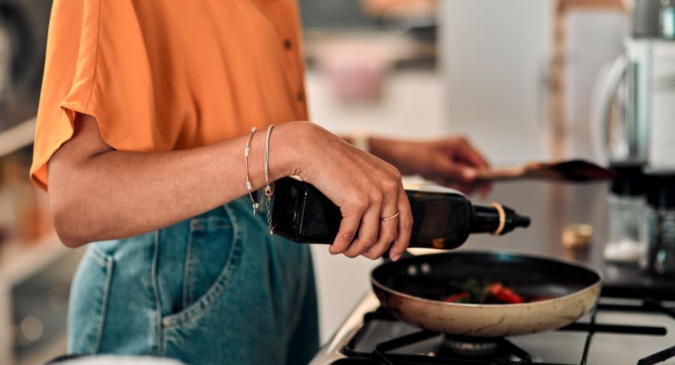 8 slechte kookgewoonten waar je best meteen mee stopt