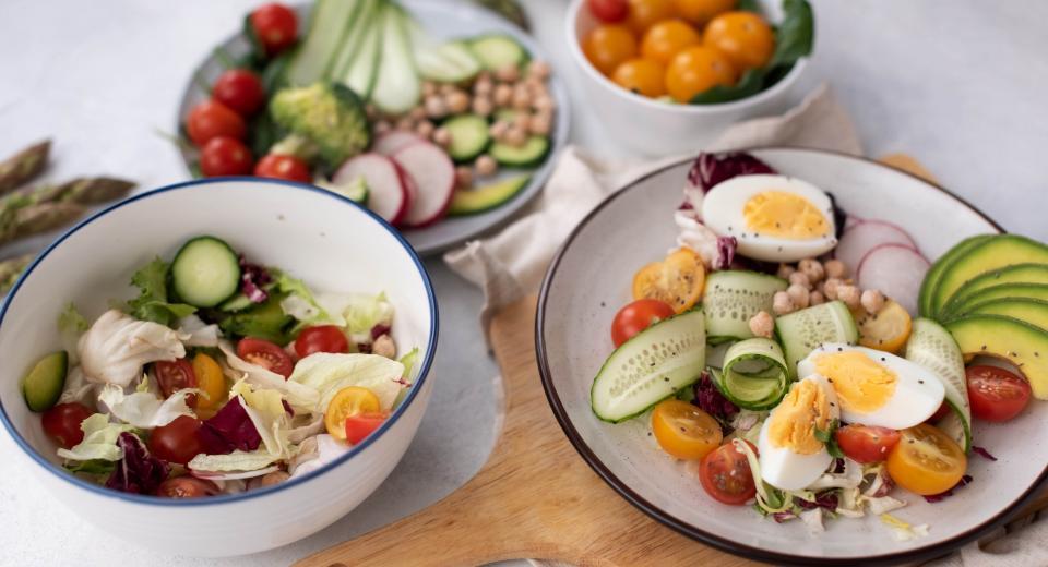 Ces salades prêtes en moins de 30 minutes sont parfaites pour le printemps