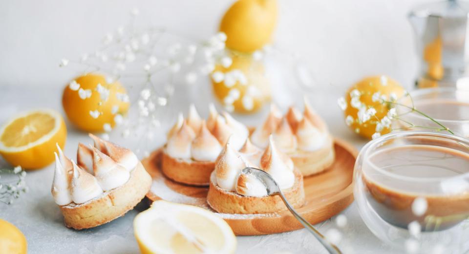 Zo maak je de allerlekkerste citroen-meringuetaart