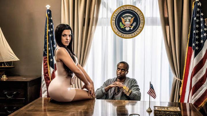 Tegen de sterren op Ella Leyers Kim Kardashian