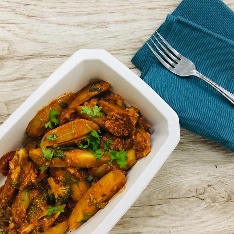 Patatas bravas sauce chorizo et brocoli - HOMI